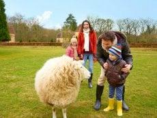 Children's farm Les Bois-Francs Verneuil sur Avre Center Parcs