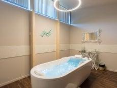 Balneotherapy Les Trois Forêts Metz Center Parcs