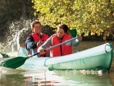Canoe hire Het Meerdal America Center Parcs