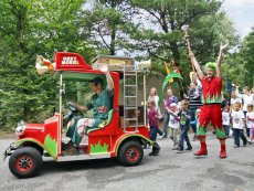 Orry & Freunde: Kids Parade Le Bois aux Daims Poitiers Center Parcs