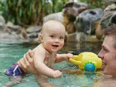 Baby swimming Erperheide Peer Center Parcs