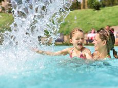 Outdoor pool Park Bostalsee Sankt Wendel Center Parcs
