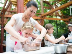 Kids Workshop: Backen Limburgse Peel America Center Parcs
