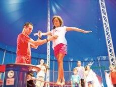 Academy: Circus Les Hauts de Bruyères Chaumont Center Parcs