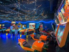 House of Games Le Bois aux Daims Poitiers Center Parcs