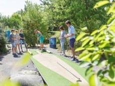 Minigolf (outdoor) Les Bois-Francs Verneuil sur Avre Center Parcs
