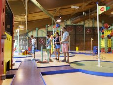 Minigolf (indoor) Les Hauts de Bruyères Chaumont Center Parcs