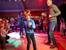 Orry & Vrienden: Kids Disco Le Bois aux Daims Poitiers Center Parcs