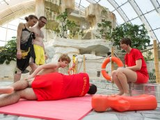Wannabe a lifeguard Le Bois aux Daims Poitiers Center Parcs