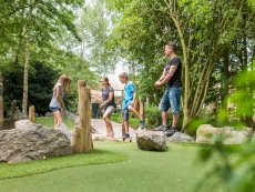 Adventure golf De Huttenheugte Dalen Center Parcs