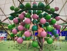 Jeu d'escalade Les Trois Forêts Metz Center Parcs