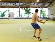 Indoor Tennis Les Hauts de Bruyères Chaumont Center Parcs