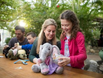 Kids Workshop: Bastele dein eigenes Stofftier Villages Nature® Paris Marne La Vallée Center Parcs